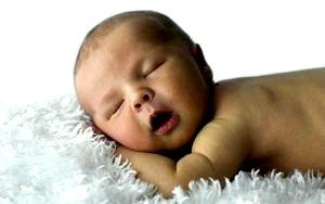 Уход за новорожденным: раньше и сейчас