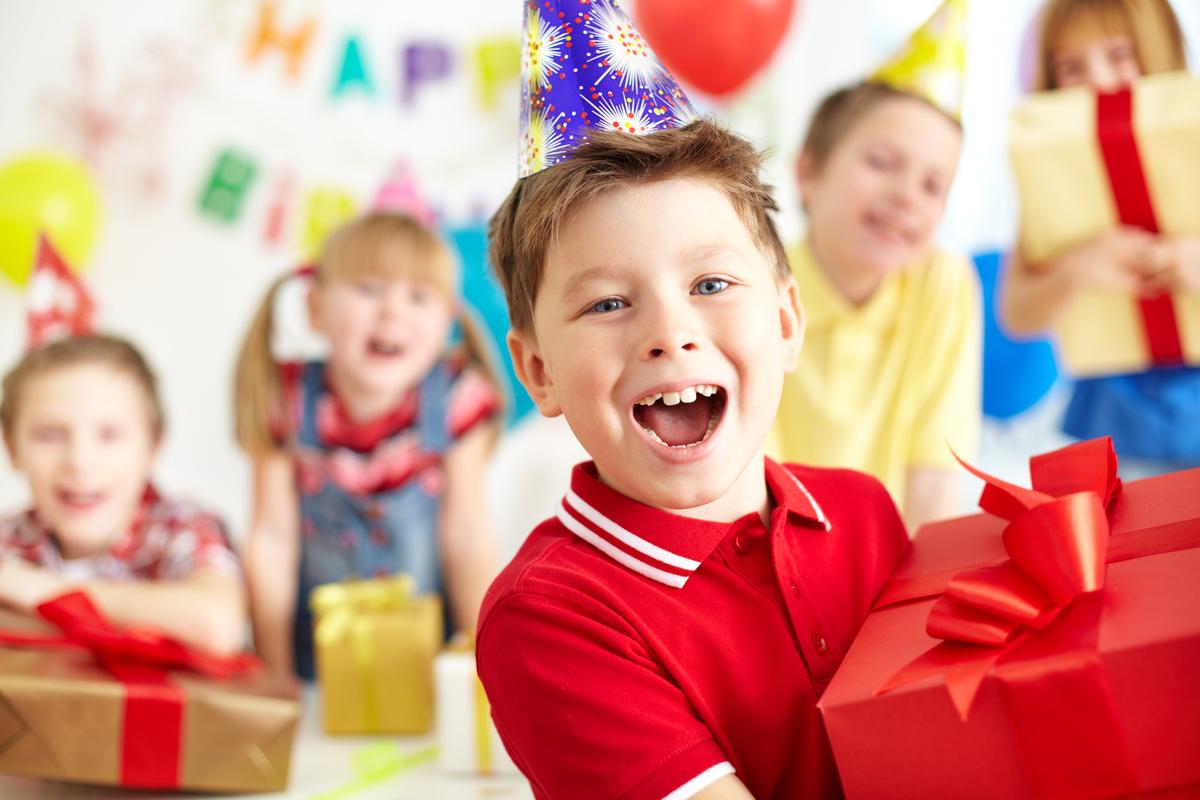 Варианты подарков ребенку на 9 и 10 день рождения
